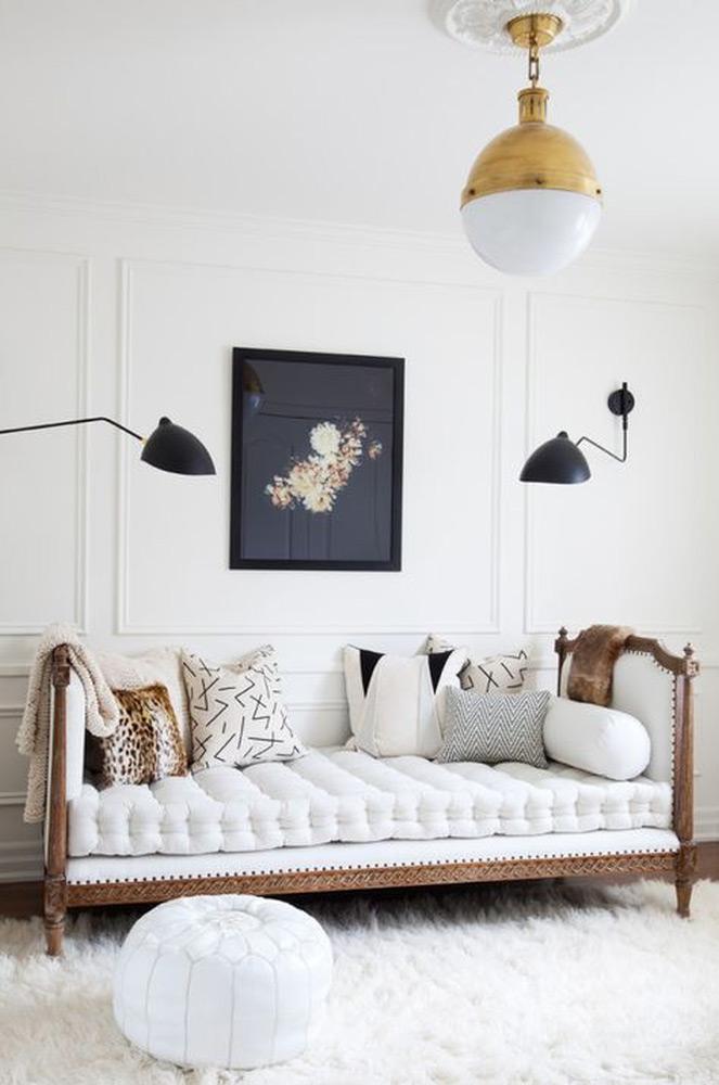Zidne štukature klasične bele